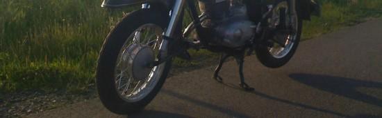Simson-Reifen auf der Straße